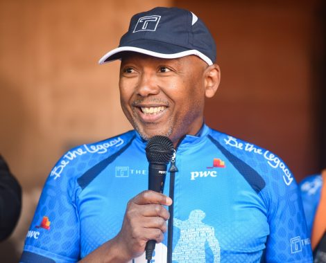 Images-from-Day-1-of-the-Nelson-Mandela-Ride-4-Hope-captured-by-Sage-Lee-Voges-from-www.zcmc_.co_.za-8-of-85.jpg